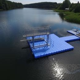 Sprunganlage auf Pontons, schwimmend